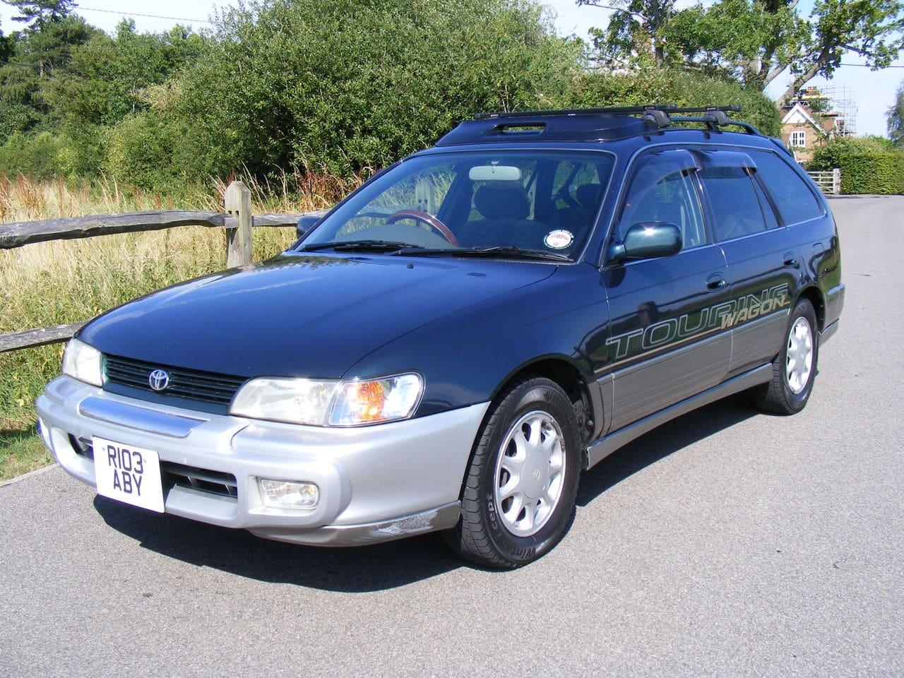 Toyota Corolla 1.6 family car Picture_2944