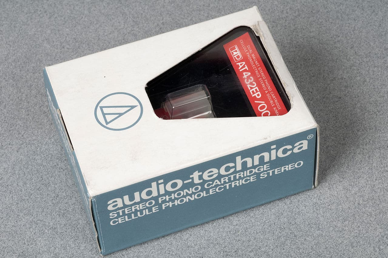 Pechincha? - Audio Technica AT 432EP/OCC - NOS Audio_technica_AT_432_EP_F