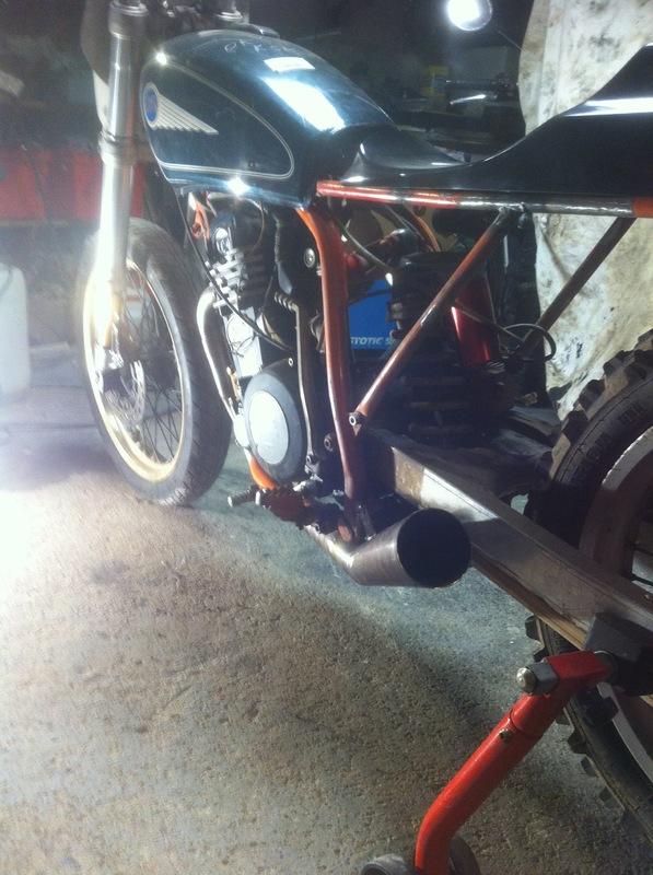Mes pétoires KTM flat + Ducati café  IMG_5064