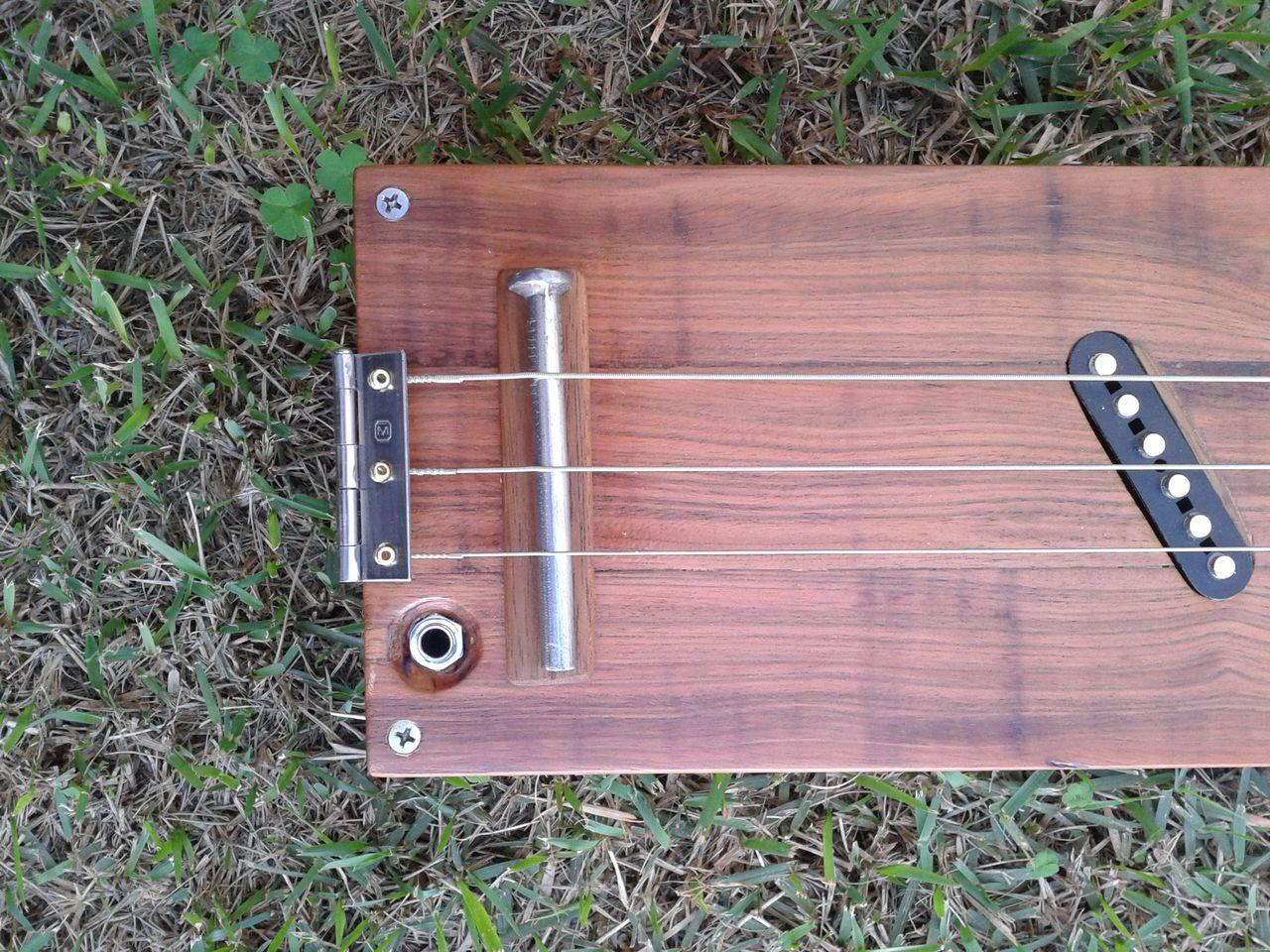 Siodoni - Cigar Box Guitar 2015_06_28_14_16_18