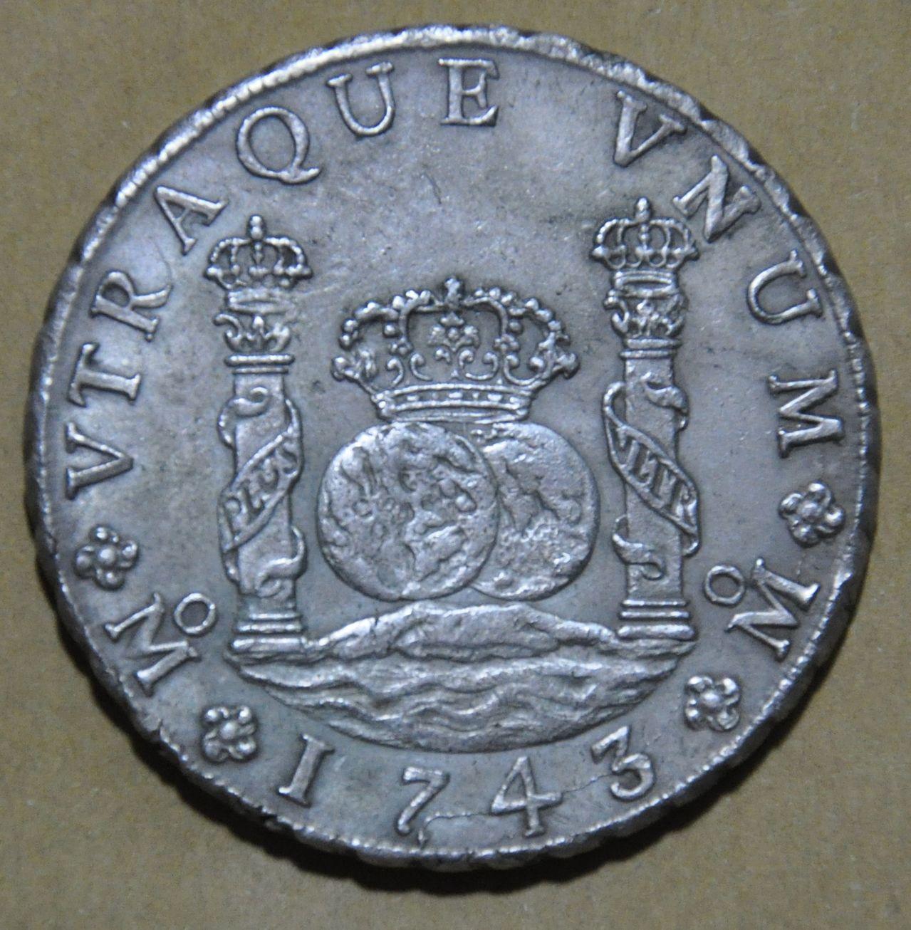 8 Reales columnarios Felipe V Mexico 1743 MF 8_REALES_FELIPE_V_MEXICO_1743_MF_4