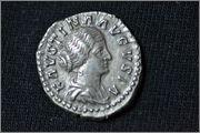 Denario de Faustina Hija. VENUS. Roma DSC_0036