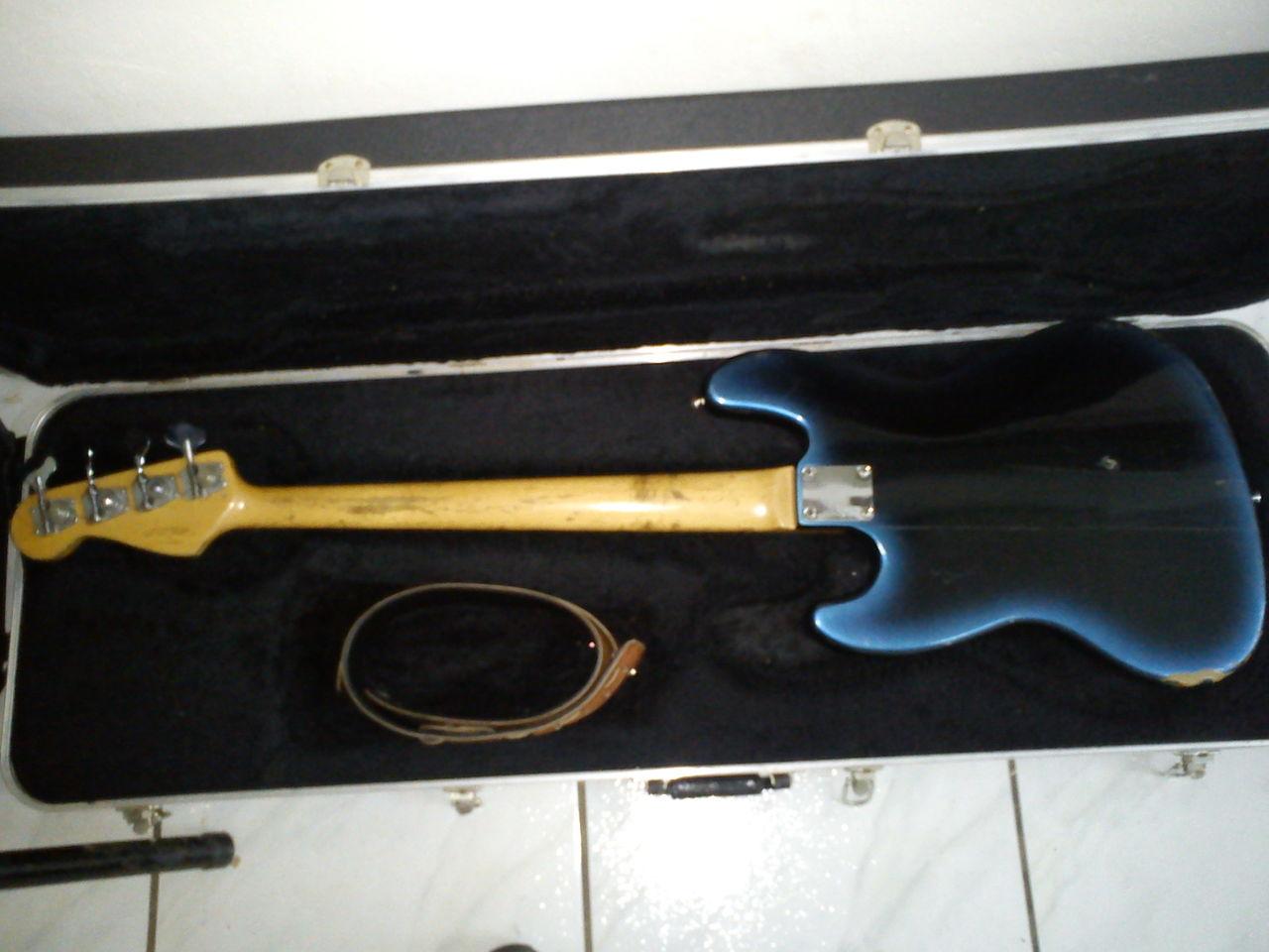 Restauração Fender Southern Cross DSC00173