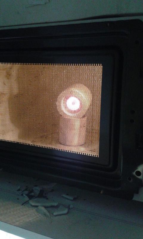 Experimentando las posibilidades de un cañón de plasma real - Página 3 006