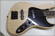 Projeto S.Martyn Jazz Bass Tradicional Fretless 4 cordas MG_9340