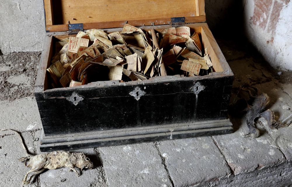 25 cts. d'Alforja y el baúl de los recuerdos. Dinero_alforja_05