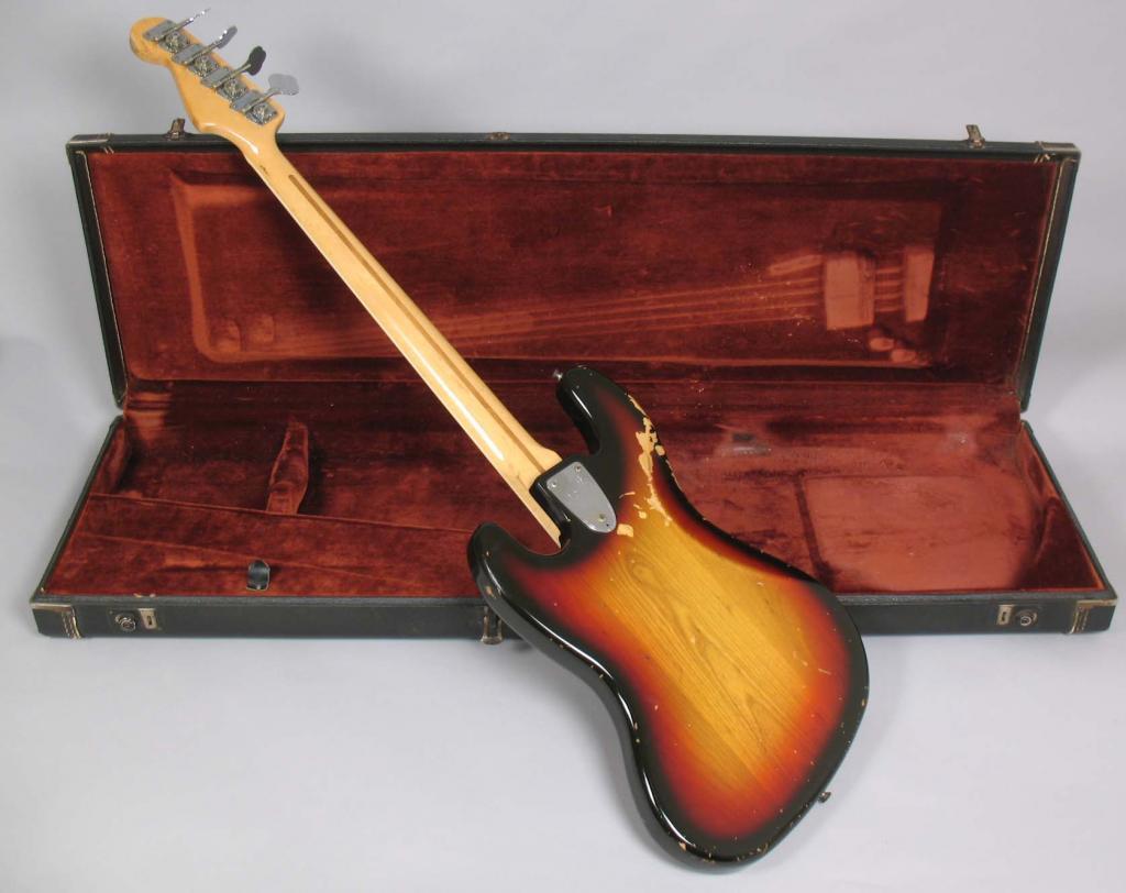 Fender Jazz Bass 1978 Original - Consegui!!! 1978_Fender_Jazz_Bass_Sunburst_OHSC041
