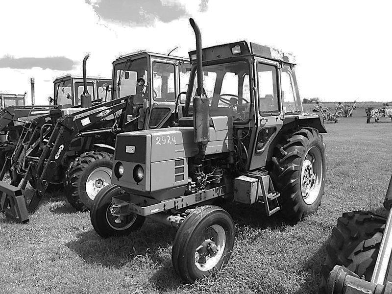 Hilo de tractores antiguos. - Página 5 Belarus_T405