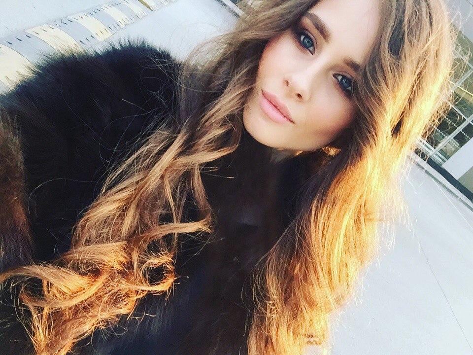 candidatas a miss russia 2018. final: 14 abril. - Página 3 R_J3n_TRFp4_M