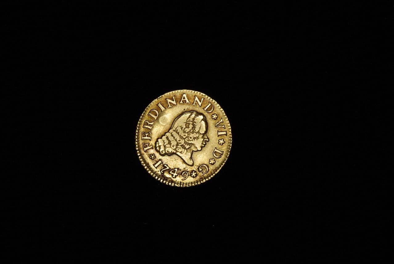 1/2 escudo 1749. Fernando VI. Madrid. con marca privada. Imagen_083