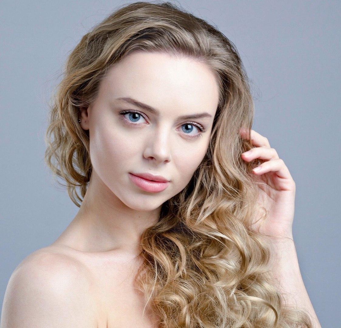 candidatas a miss russia 2018. final: 14 abril. - Página 3 Gk9_M_yn5u2w
