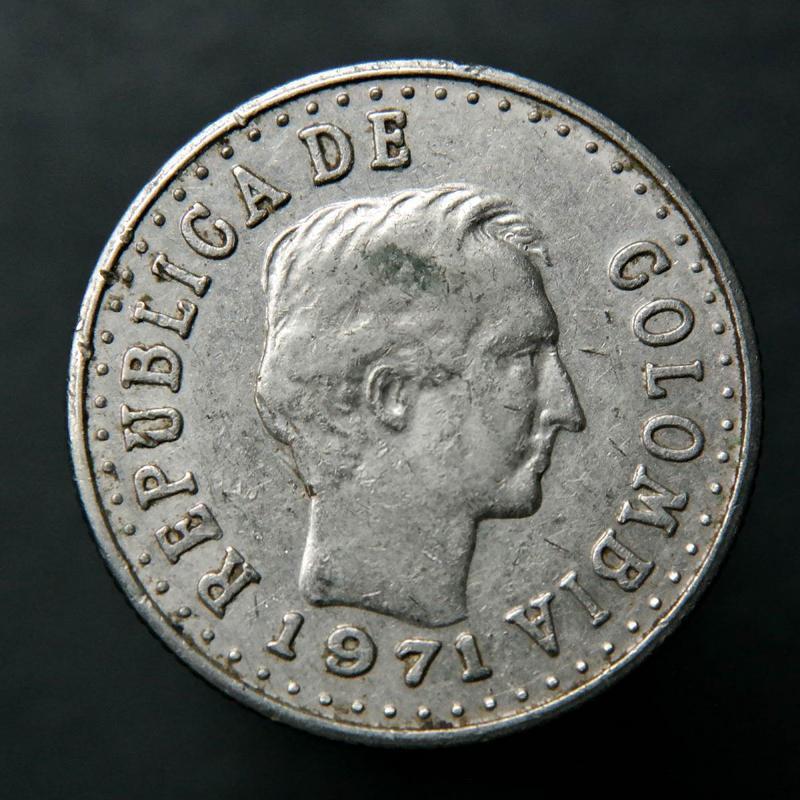 Duda km 20 centavos 1971 #245 o #246.1 S-l1600