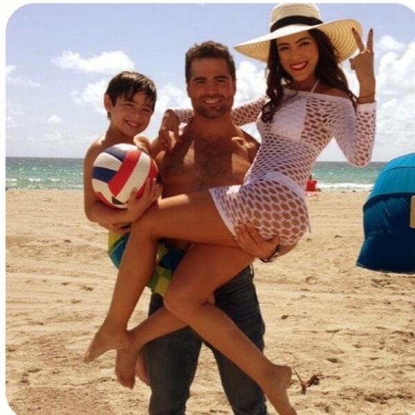 Daniela Navaro/დანიელა ნავარო - Page 5 BPP4c_DHCAAAA8_Hf