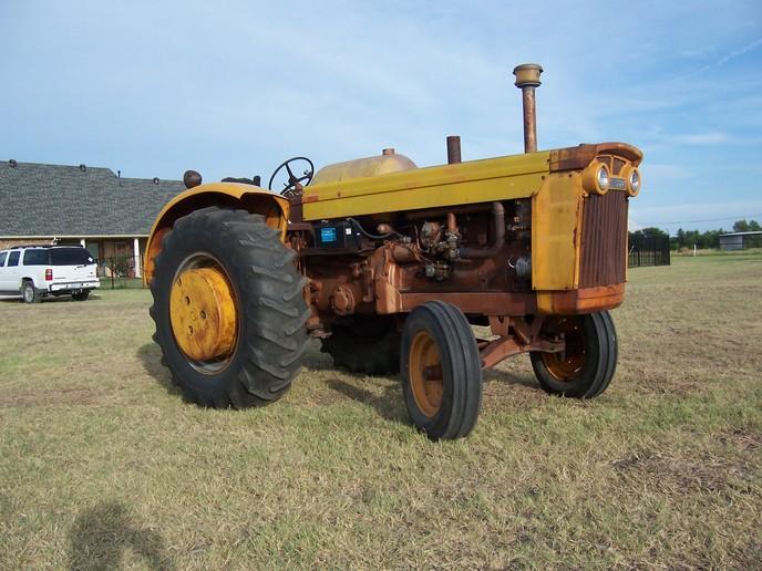 MINNEAPOLIS-MOLINE  Tractors --   USA MM_GVI
