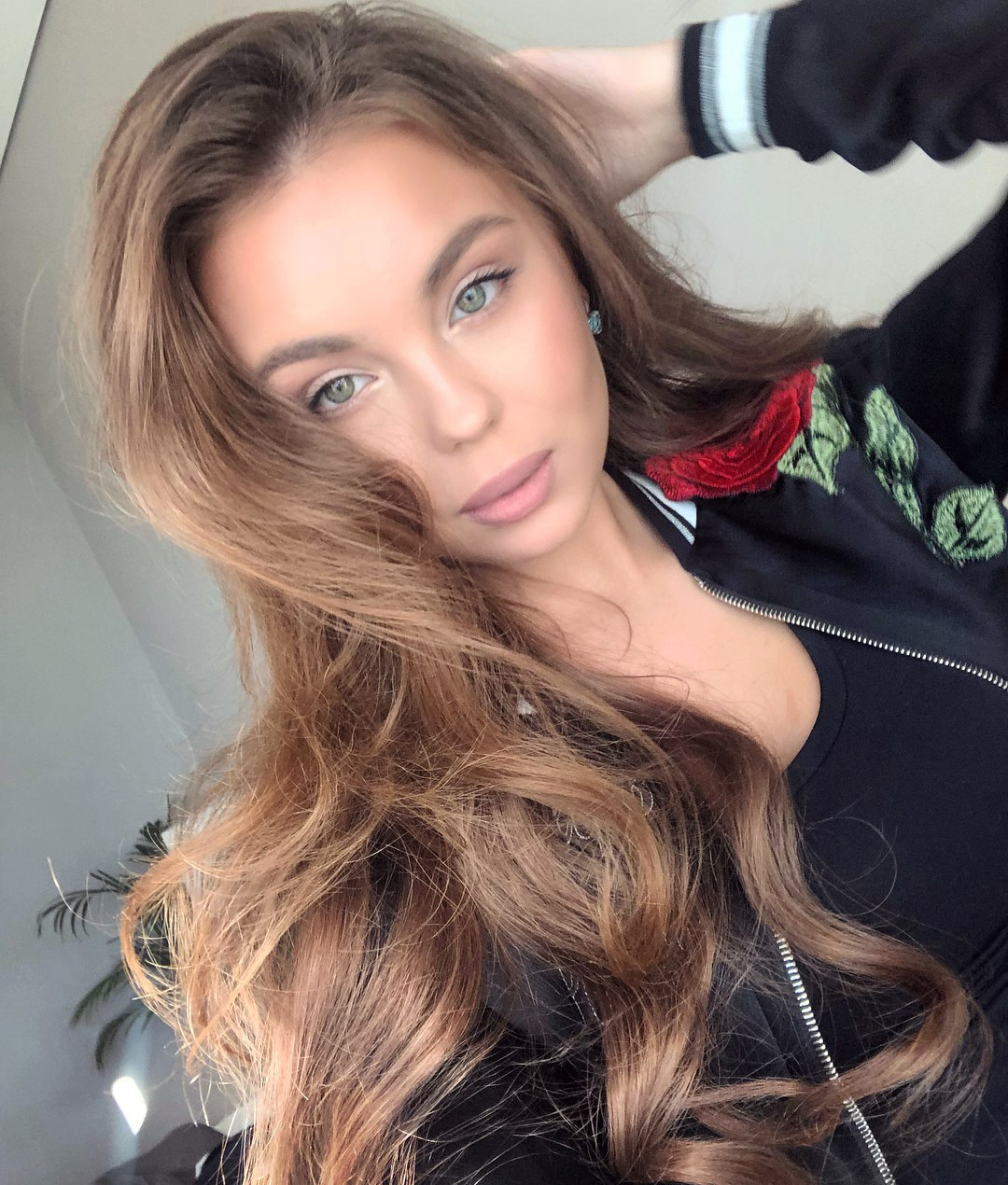 candidatas a miss russia 2018. final: 14 abril. ICXrn_QH2d1c