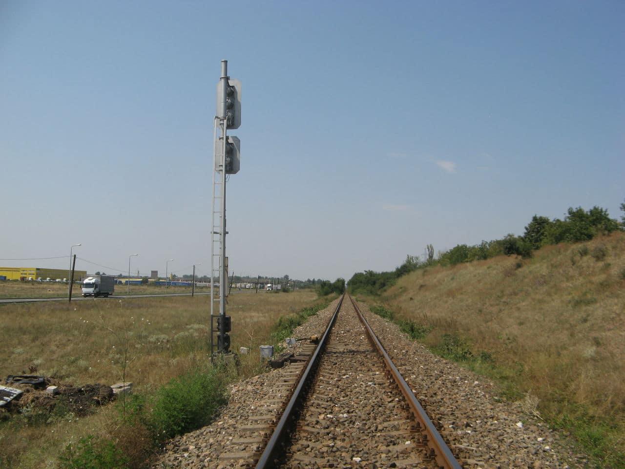 Calea ferată directă Oradea Vest - Episcopia Bihor IMG_0065