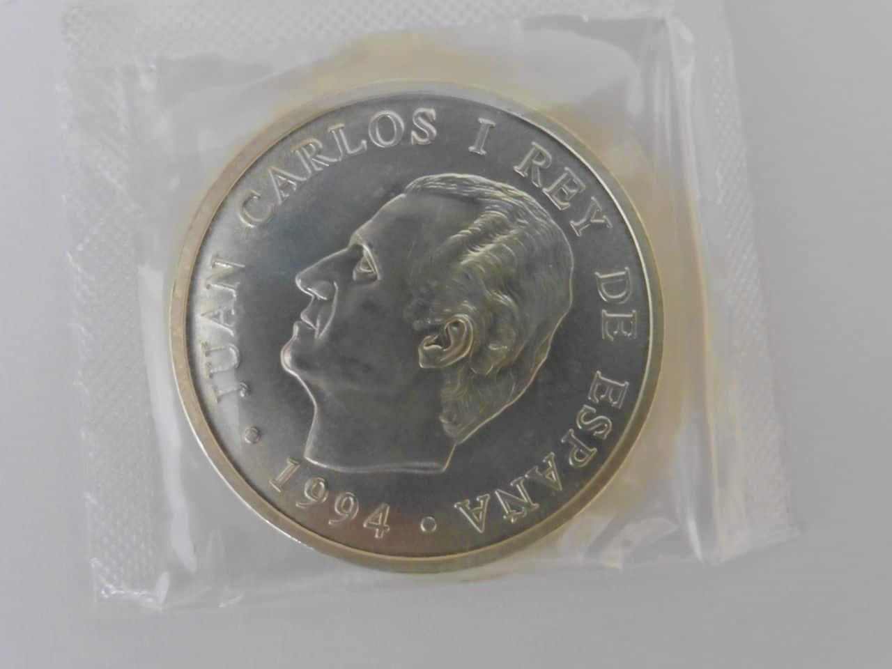 2000 pesetas en funda original P1000093