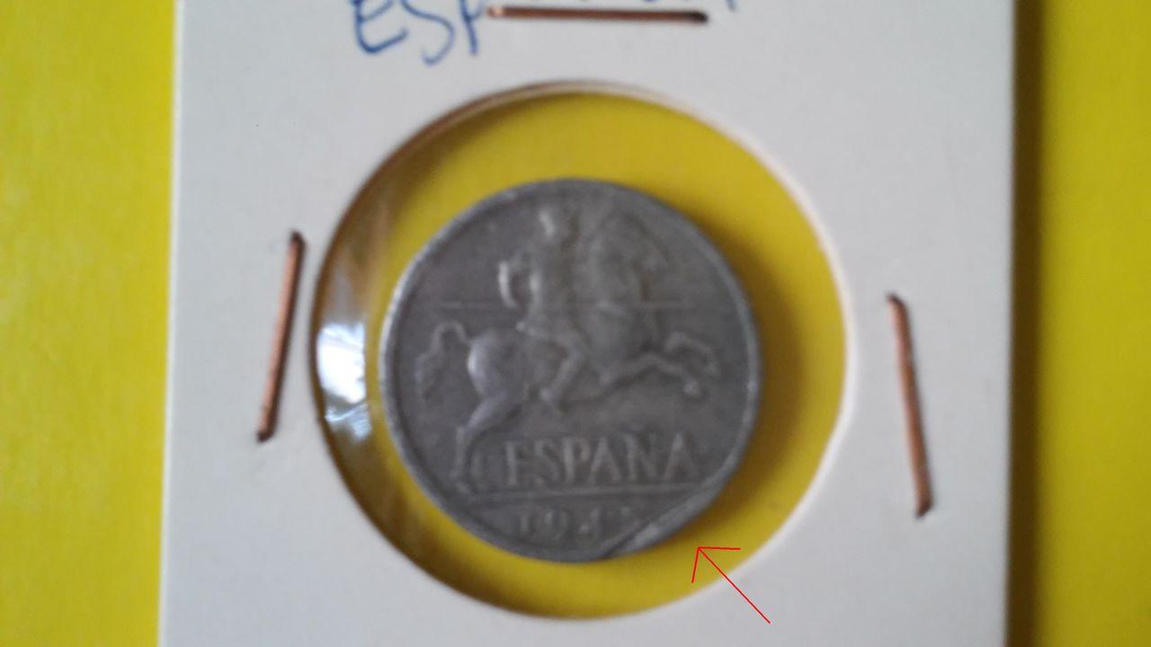 10 centimos Estado Español 1945 - ¿con defecto? 20140820_143450