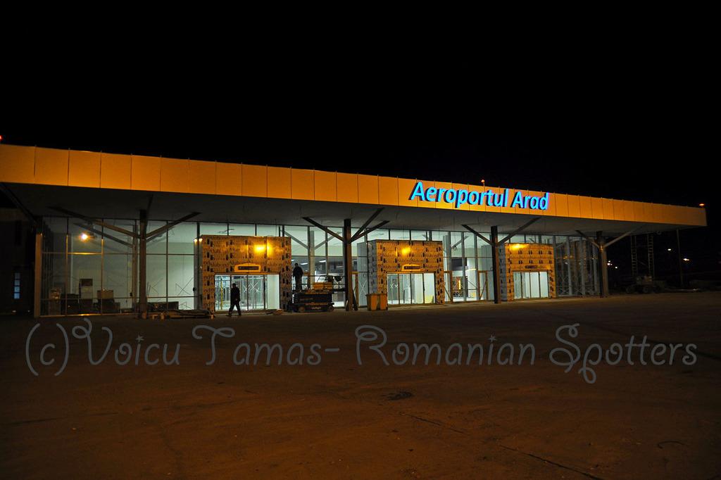 AEROPORTUL ARAD - STIRI - DISCUTII - Pagina 8 DSC_0304sa1200viv2