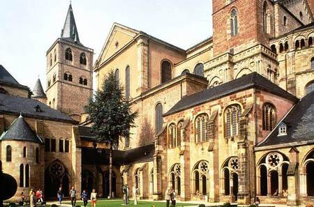 Собираюсь в поездку Dom_St-Peter