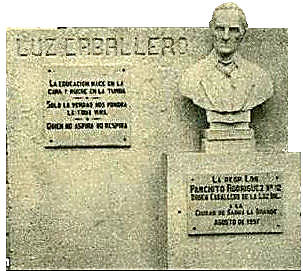Monumento dedicado a Don José de la Luz y Caballero Tt-monumentos-luzcaballero-dibujo
