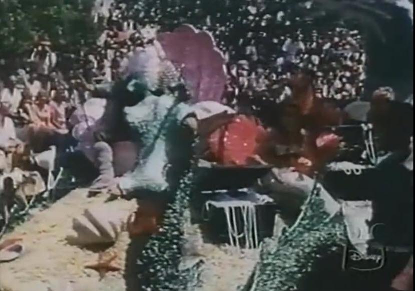 Anciennes Parades des Resorts Américains Gala-Day-at-Disneyland-1959-8