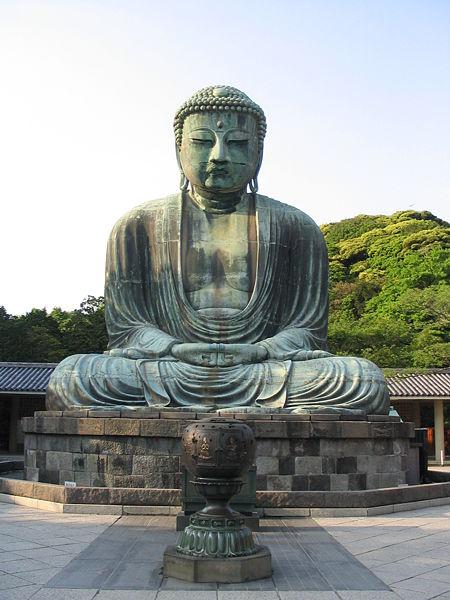 تاريخ البوذيـة 450px-kamakura_budda_daibutsu_front_1885