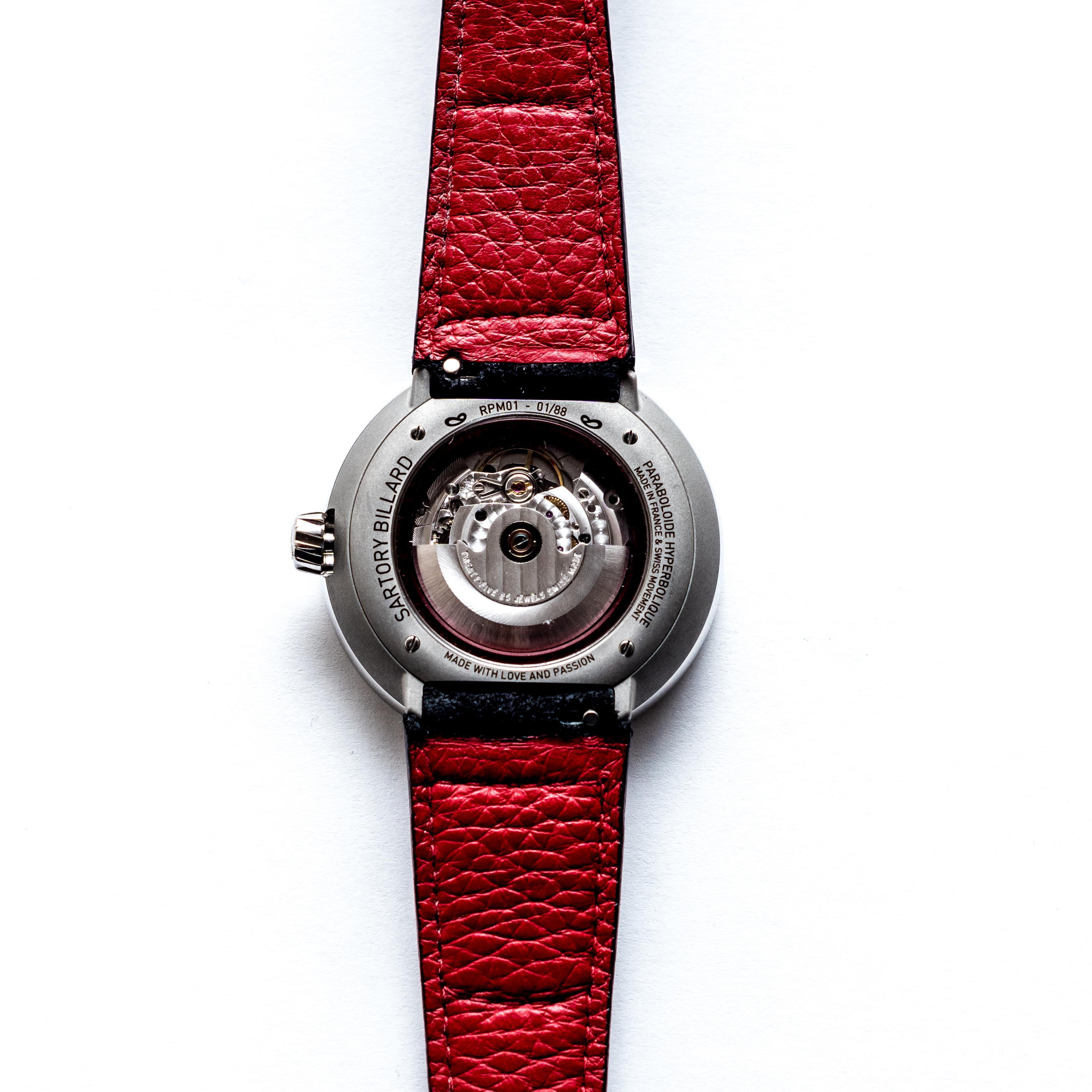 sartory - Naissance d'une nouvelle montre française : SARTORY BILLARD RPM01 - Page 2 SARTORY-BILLARD-fond-blanc-dos
