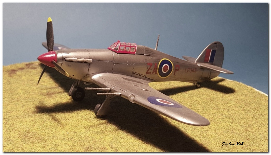 [AZ Models] Hawker Hurricane Mk IIc  20151115_164636s