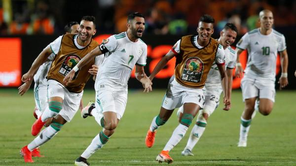 CAN 2019-COUPE D'AFRIQUE DES NATIONS - Page 5 2019-07-14t205708z_130224748_rc13529ac000_rtrmadp_3_soccer-nations-dza-nga_0
