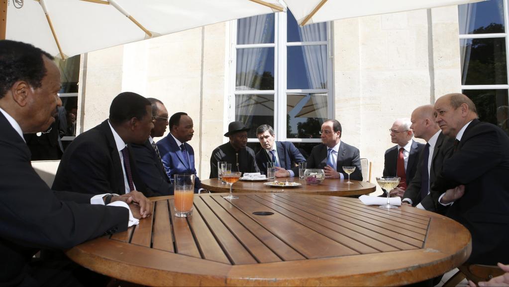 La Frans pran inisyativ pou kontre konn kont gwoup teroris Boko Haram o Nijerya Sommet%20Elysee_0