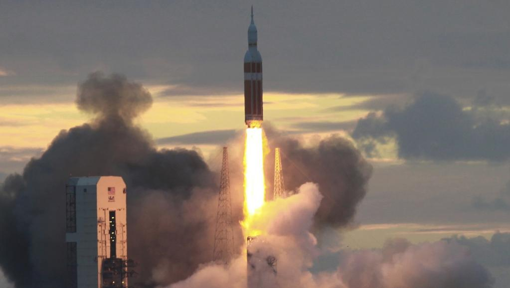Orion : Une navette direction Mars. (2014) 2014-12-05T125641Z_829285863_TB3EAC510C5CM_RTRMADP_3_SPACE-NASA-LAUNCH_0