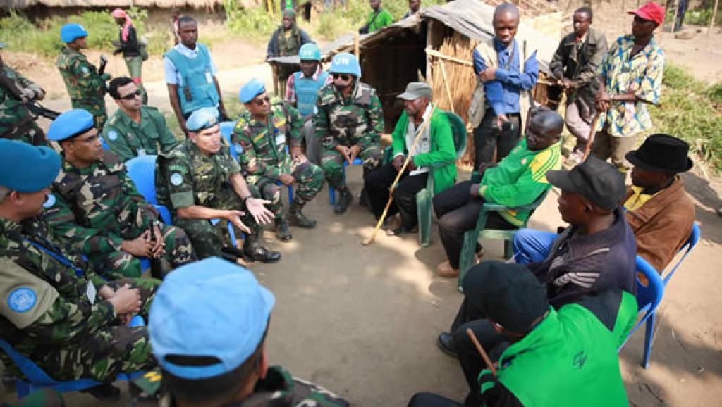 Le gendarme de l'Afrique... - Page 6 Aveba%2C-Province-Orientale%2C-RD-Congo_0