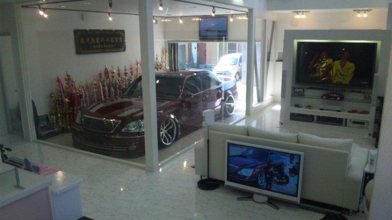 Videoita ja kuvia - Sivu 5 Garage
