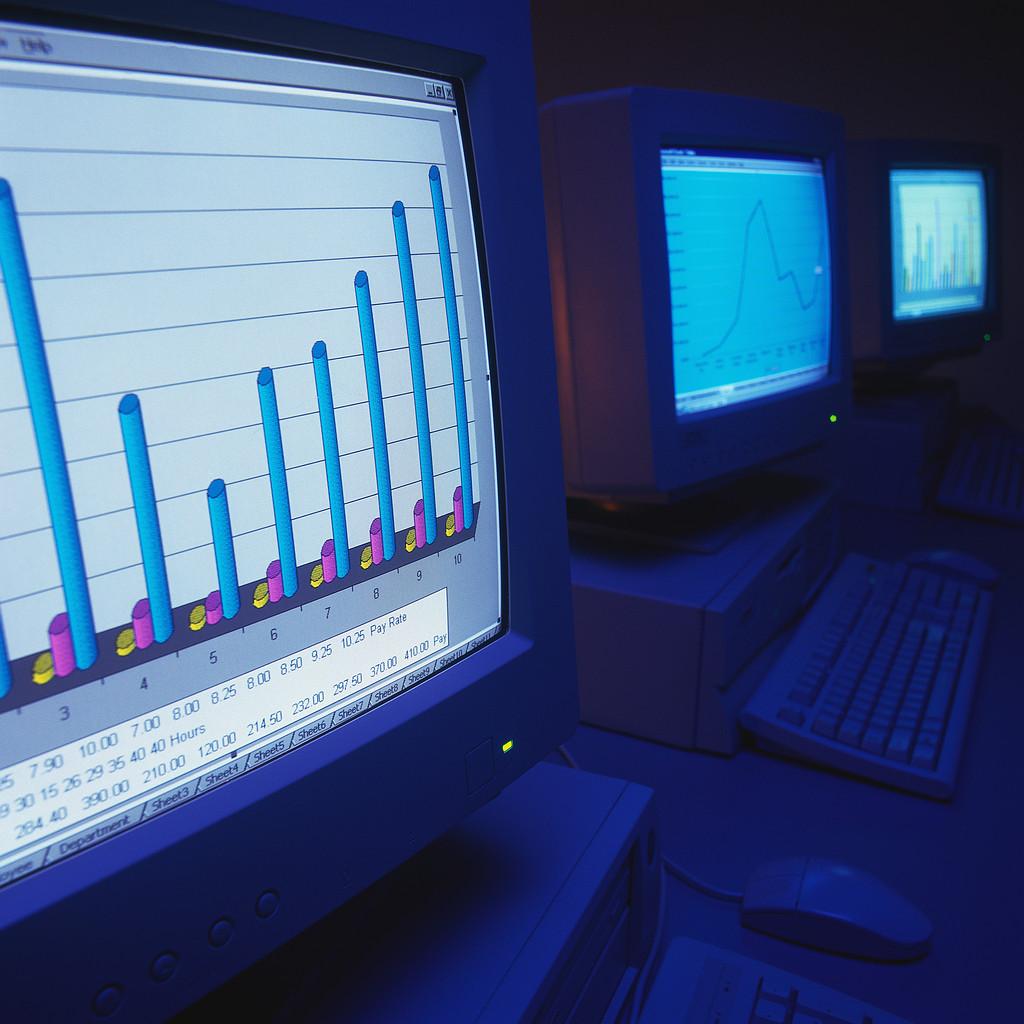 The Devil - Page 11 Computerroomweb