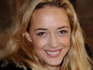 personnalité - ajonc- 4 septembre Helene-de-fougerolles-j-ai-un-peu-bugge-avec-la-maternite-2129061