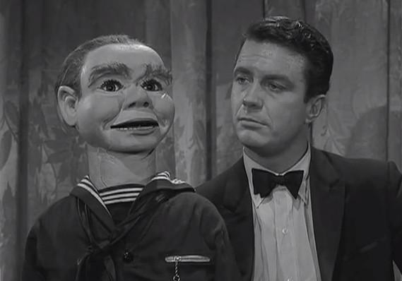LA ZONA CREPUSCULAR The_Twilight_Zone_-_The_Dummy