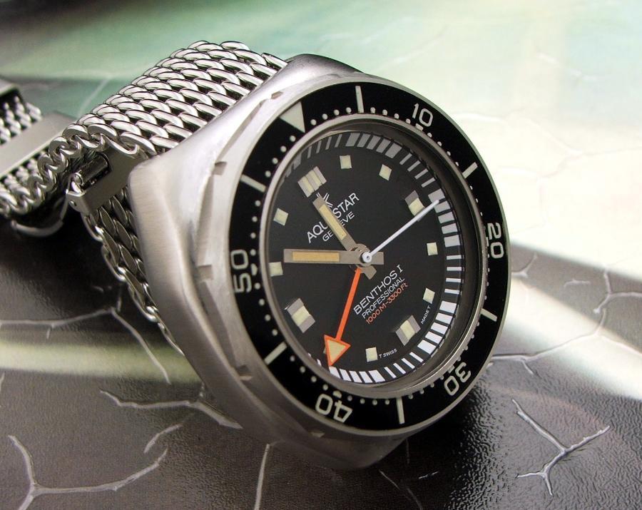 Aquastar Watch Company 10981_031-900x715