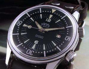 Great dive watch website... 10981_217-300x235