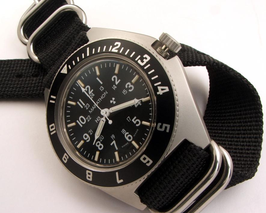 military gmt 532_006-885x708