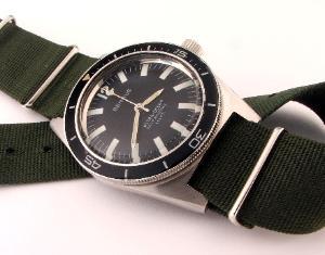 Great dive watch website... 568_005-300x235