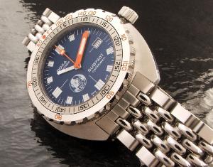 Great dive watch website... 867_003-300x235