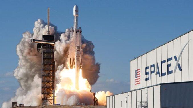 """رحلة """"سبايس إكس"""" الأميركية إنذار لبرنامج الفضاء الروسي 9fc02fb7600b4889aecbfe9ea854757f_18-678x381"""
