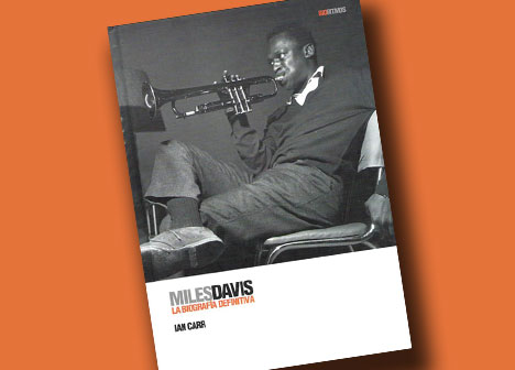 Miles Davis y sus zapatos de chupamelapunta 27092010-bio
