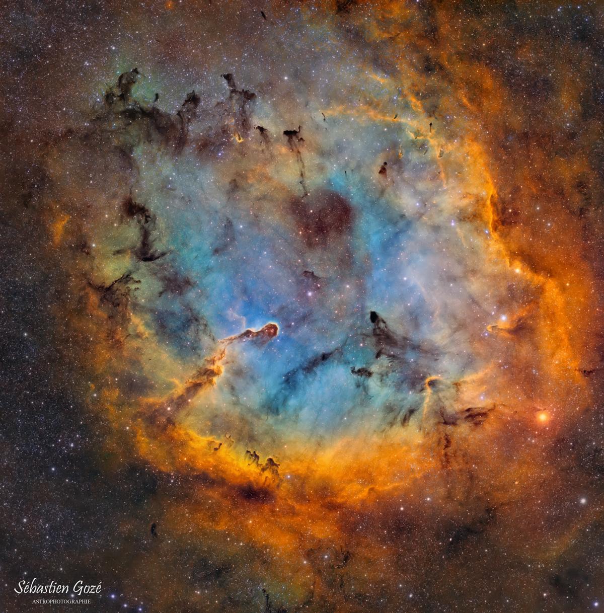 La nébuleuse de la trompe IC 1396 - SHO Trompe_SHO_finale_V2_forum
