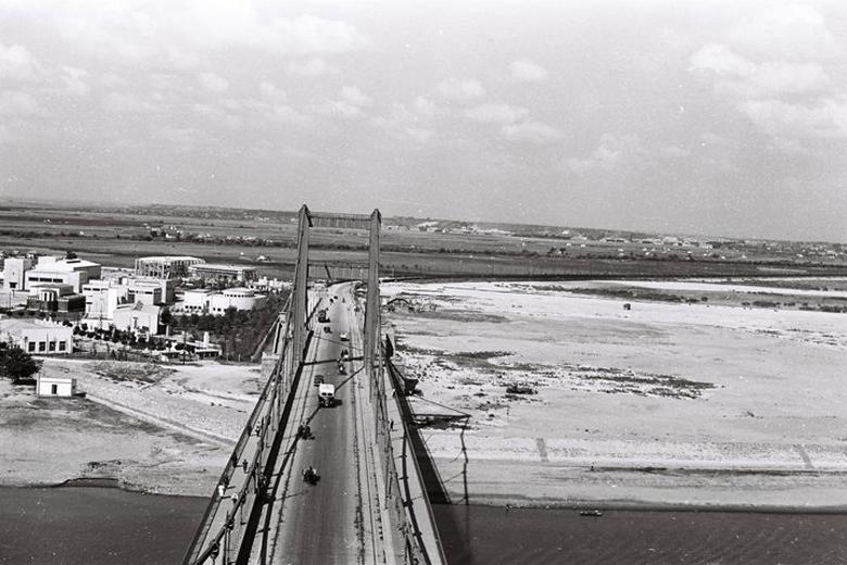 Slike starog Beograda - Page 4 Most-Kralja-Aleksandra-i-pustinja