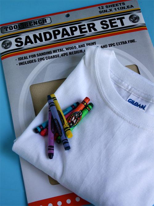 рисунок на футболке с помощью… наждачной бумаги Kak-ukrasit-futbolku