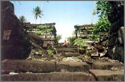 Ruines dans le pacifique Ponape01