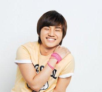 أعمآر مشآهير كؤؤريآ  Daesung