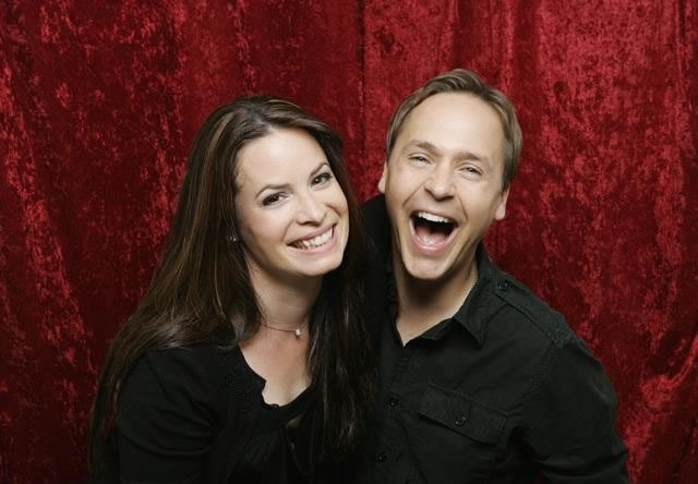 Holly Marie Combs vs Ella Montgomery Holly-Marie-Combs-and-Chad-Lowe_jpg